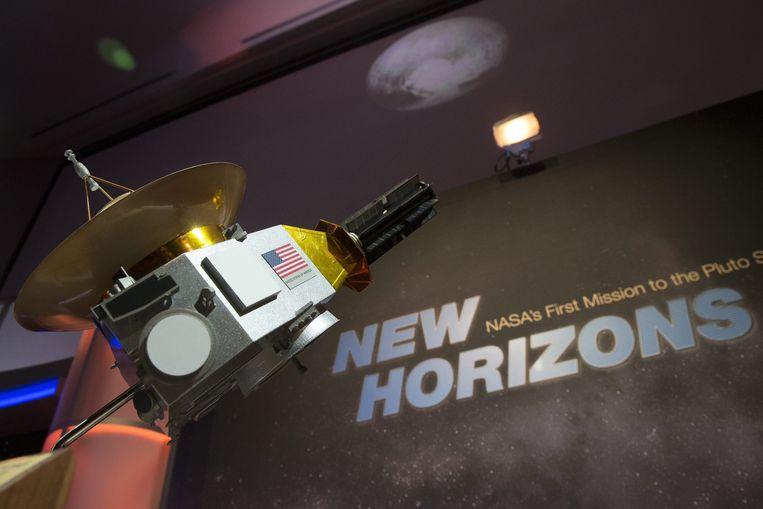 Een maquette van de New Horizons-ruimtesonde. Beeld EPA