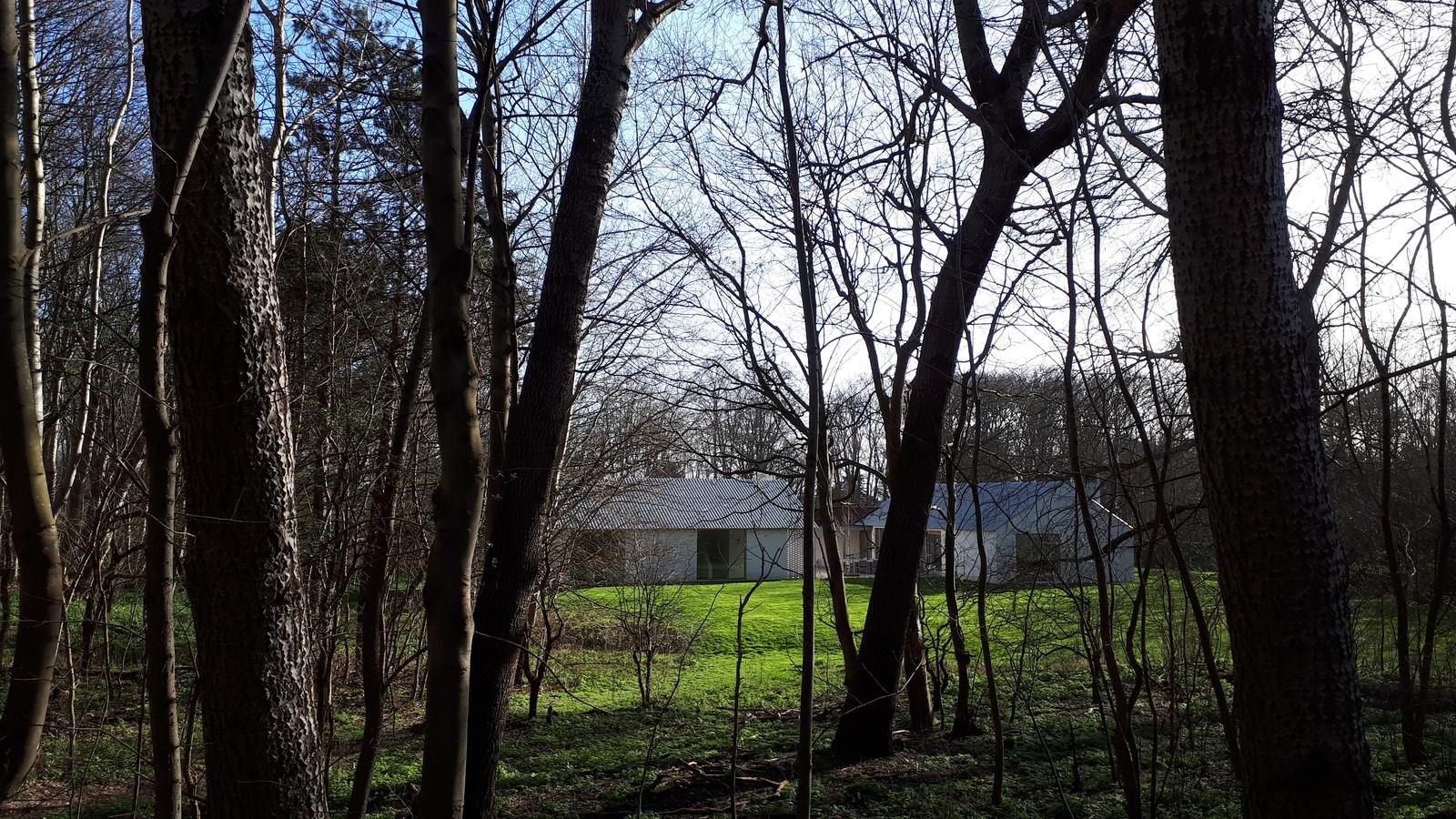 Het landhuis Coccinelle in de bossen bij Biggekerke. De gemeente Veere voert al jaren een juridische strijd tegen de eigenaren omdat zij het, tegen de regels aldus de gemeente, lang verhuurde aan recreanten.