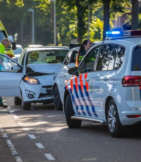 Vrouw raakt gewond bij kop-staartbotsing in Wouw