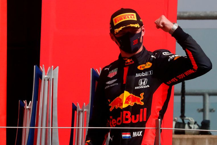 Max Verstappen wint op Silverstone. Beeld AFP