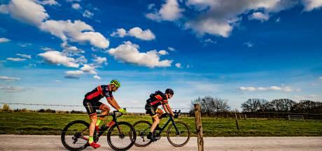 Gravelmania slaat toe in Apeldoorn: fietsclub Adelaar komt met elf nieuwe routes