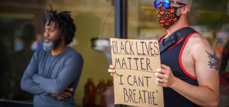 Vier agenten ontslagen na dood ongewapende zwarte arrestant in VS