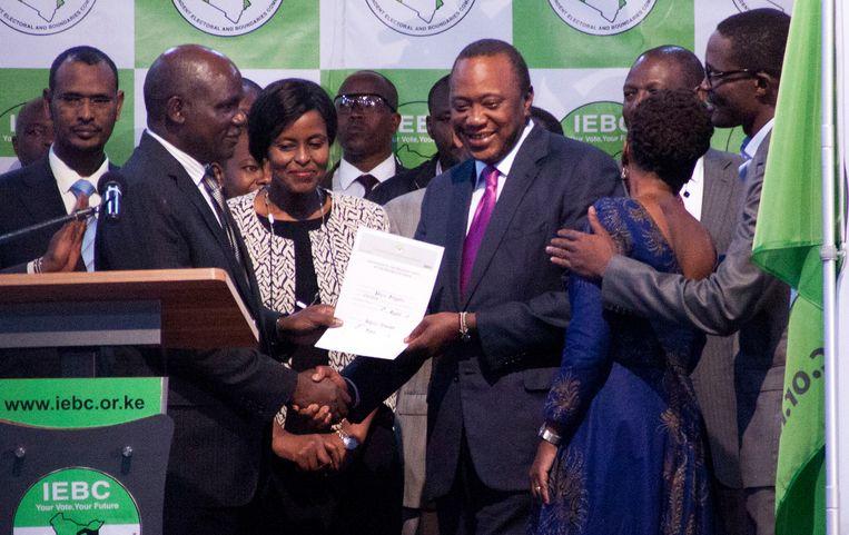 Kenyatta won de verkiezingen in Kenia met 54 procent van de stemmen. Beeld AP