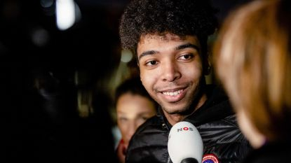 'Illegale' Amsterdammer weer vrij. Daniël mag aanvraag verblijfsvergunning thuis afwachten.