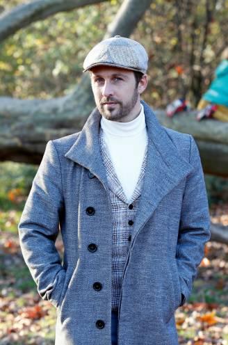 """'Thuis'-acteur Christophe Haddad lanceert debuutsingle voor het goede doel: """"Ik hoef geen hit te scoren, maar zoek enkel nieuwe gastgezinnen"""""""