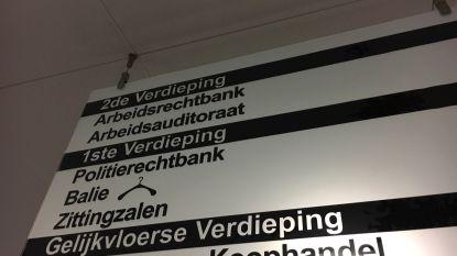 Deze week in de politierechtbank: papa vergeet portefeuille in Plopsaland en slalomt aan overweg