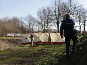 Lichaam van zwaar toegetakelde man aangetroffen in buurtpark