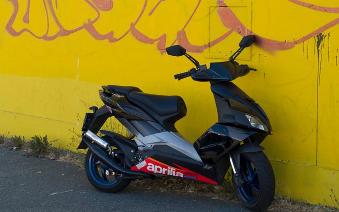 Een Aprilla scooter