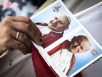 Paus verklaart Johannes XXIII en Johannes Paulus II heilig