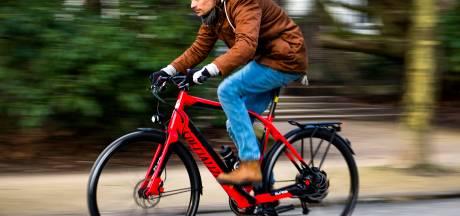 Helmplicht voor de snorfiets: 'Nu de e-bikes nog'