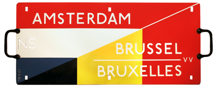1957. Begin internationale dienstregeling Amsterdam-Brussel VV.