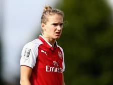 Miedema scoort twee keer voor Arsenal in derby tegen Chelsea