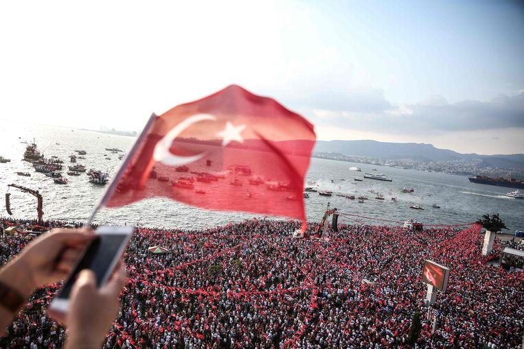 Archiefbeeld van de verkiezingscampagne in Izmir.