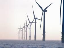 Urker lied en petitie tegen windmolenparken op de Noordzee