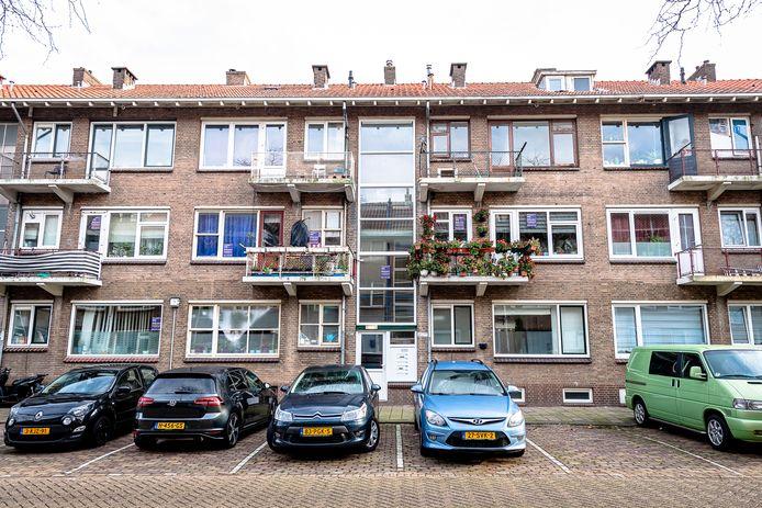 Veel van de tweehonderd woningen in de Fazantstraat in Rotterdam Zuid blijven waarschijnlijk toch behouden.