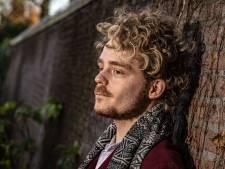 Na schuldgevoel ging Ben (26) uit Zwolle aan de slag bij 113: 'Het is een grote stap om te bellen over zelfmoord'