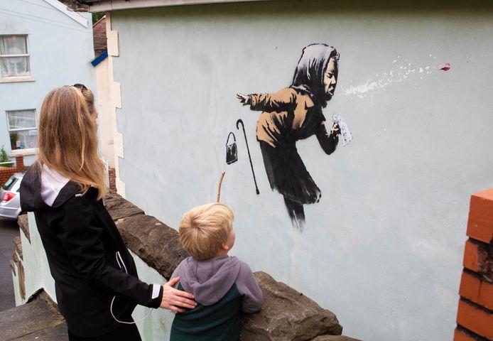 'Aachoo!!' door Banksy