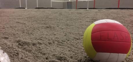 Jubilaris opent indoorstrand in Nieuwleusen