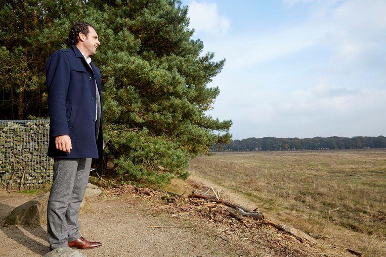 Staatssecretaris van Economische Zaken Martijn van Dam bezoekt Nationaal Park De Hoge Veluwe. Beeld Martijn Beekman / de Volkskrant