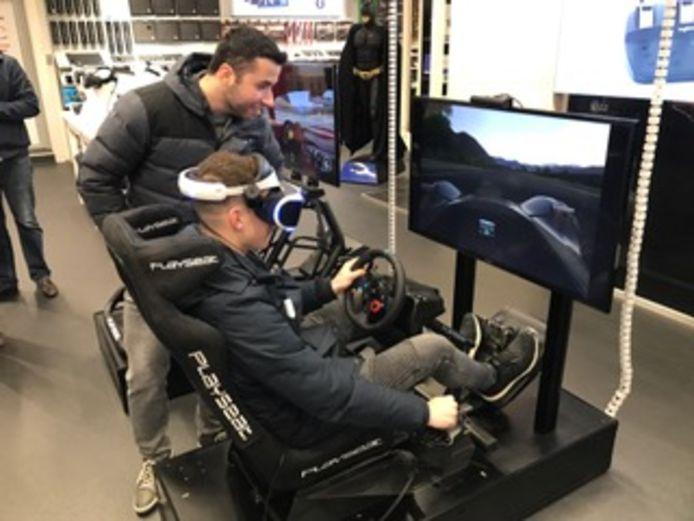 Virtual reality-racen in de simulator