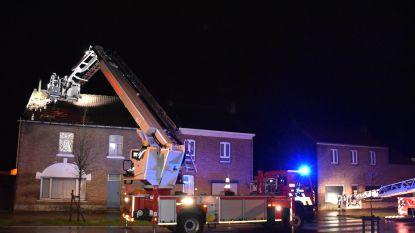 Windhoos beschadigt zeven huizen in Veldwezelt (Lanaken)