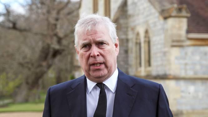 Vrouw die prins Andrew beschuldigt van seksueel misbruik wil oude deal met Epstein vrijgeven