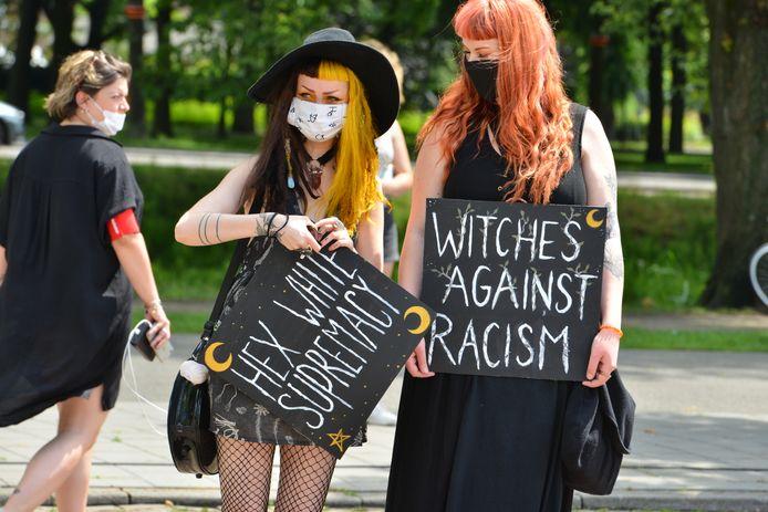 Black Lives Matter-activisten in Breda. Daar is zaterdagmiddag een manifestatie georganiseerd.