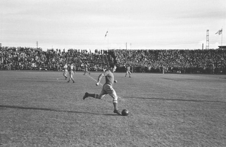 Beeld uit de wedstrijd Sovjet-Unie-Joegoslavië, 1952. Beeld Hollandse Hoogte / Sputnik