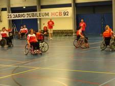 HCB'92 organiseert succesvolle bekerfinales en rolstoelhandbal