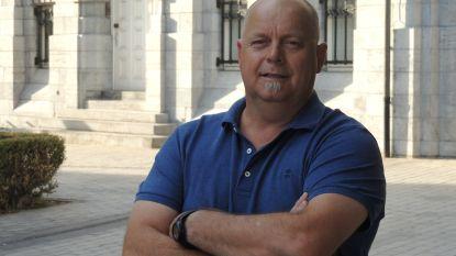 Reuzendrager Guy Moens duwt Open Vld-lijst