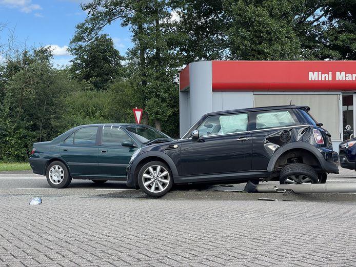 Een vrouw is gewond geraakt bij een ongeluk op de Europaweg in Lichtenvoorde.