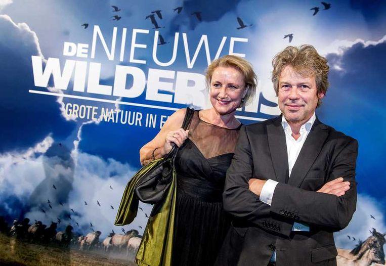 Producent Ton Okkerse (R) met zijn vrouw. Beeld anp