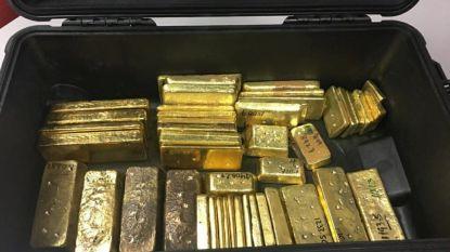 Venezolaan met 46 goudstaven ter waarde van 1,7 miljoen betrapt op luchthaven van Aruba