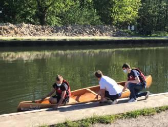 Leerlingen Talentenschool bouwen zelf kano... en hij blijft varen