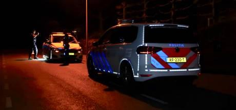Bewoners houden indringer tegen in woning in Zundert, twee gewonden door mogelijk gebruik steekwapen