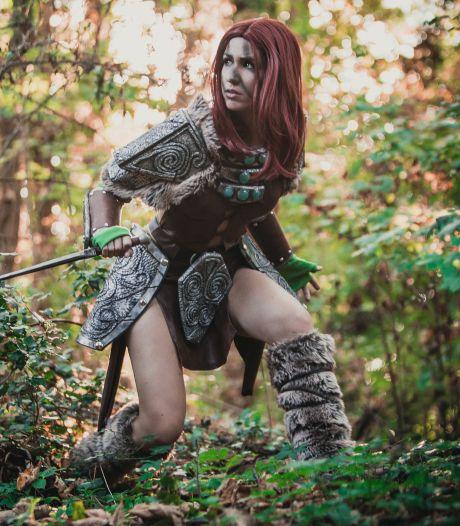 Deze Bergse cosplayer gaat viral: 'We zijn nerds met pruiken'