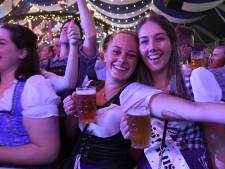 Und jetzt geht's wieder loss: Parade in de ban van bier, Dirndl en Lederhosen