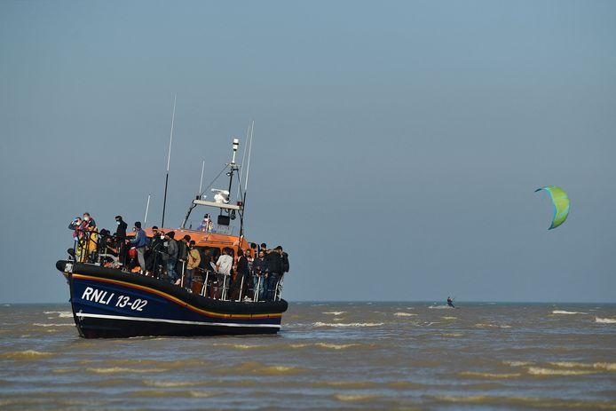 De voorbije dagen hebben een recordaantal migranten geprobeerd om het Kanaal over te steken