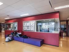 Liemers College weer open: blij om elkaar te zien, maar die afstand...