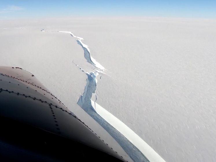 Gigantische ijsberg van 1.270 km² scheurt af van Antarctica
