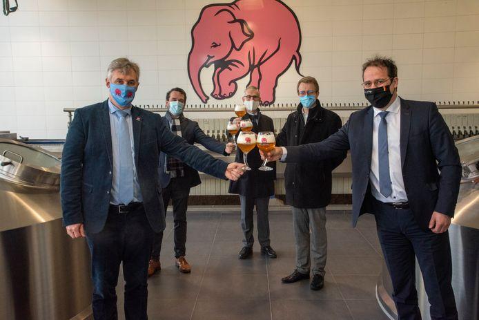 Minister David Clarinval op bezoek in de Brouweirj Huyghe.