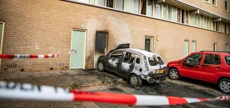 Woning onbewoonbaar door autobrand in Arnhem
