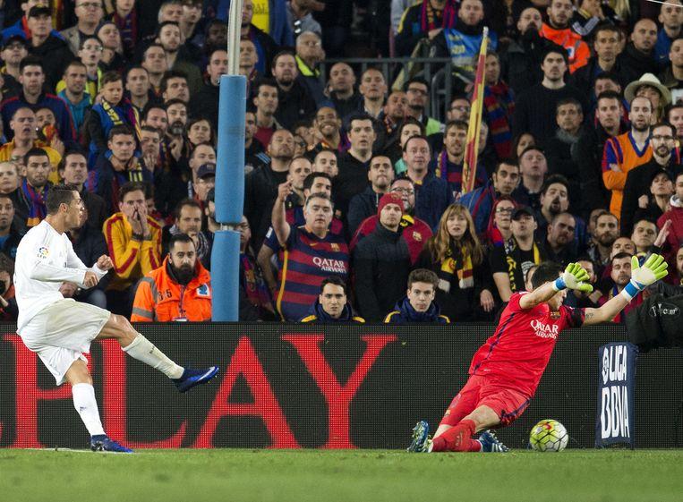 Cristiano Ronaldo scoort de 2-1 voor Real Madrid. Beeld anp