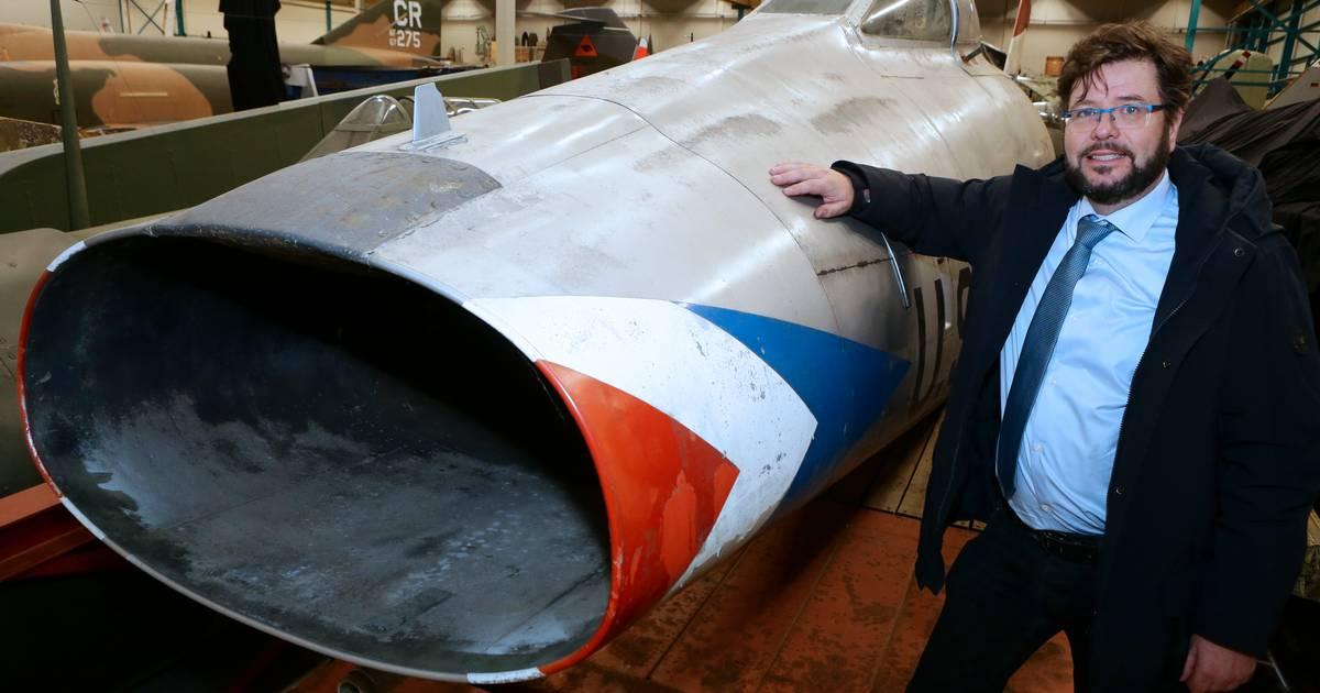 Crowdfunding moet roemruchte straaljager F-100 redden van de ondergang