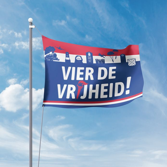 De Bevrijdingsvlag wappert op 9 april, de dag dat Wierden werd bevrijd.