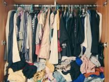 Bewoners vinden vreemde man op zolder met hun kleren aan en horloge om