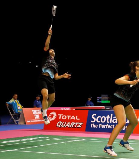 Dongenaar Maas en Tabeling na thriller naar laatste zestien EK badminton
