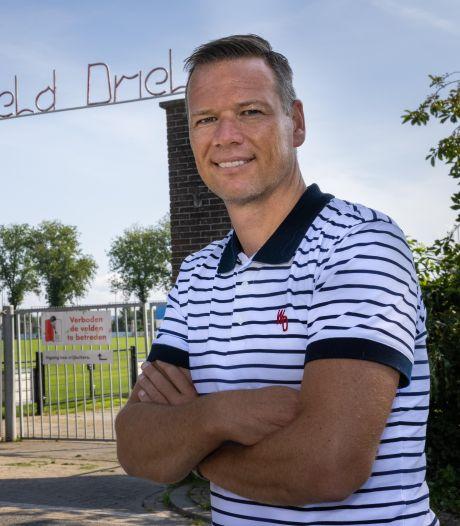 Oudste selectievoetballer van de Betuwe (42) stopt ermee: 'Jack de Gier was woedend'