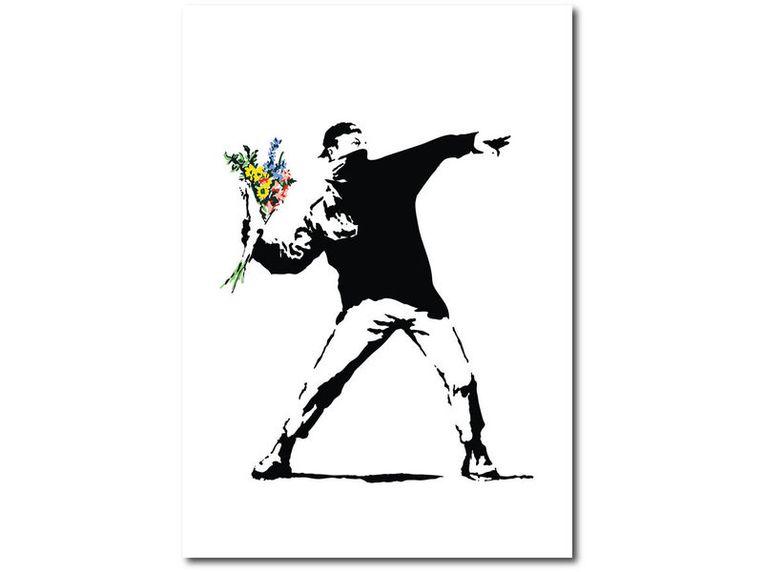 'Flower Thrower' van Banksy. Beeld