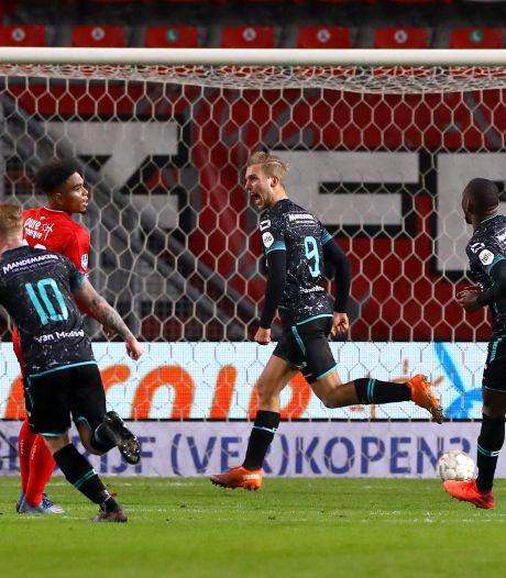 Fris RKC laat eredivisiekelder achter zich door winst bij FC Twente